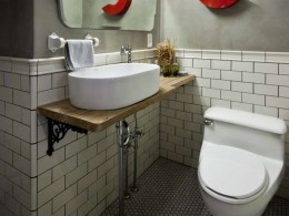 case.work. (toilet)