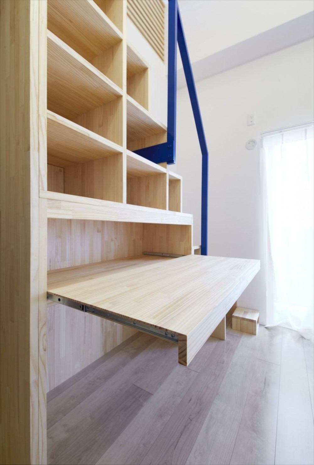 M様邸 (階段収納2)