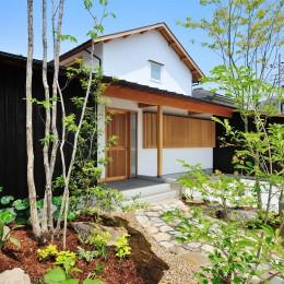 ウッドデッキで繋がる空間|趣味を楽しむ住まい 姫路の家