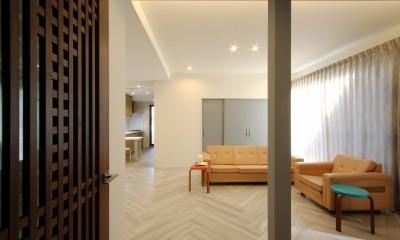 一戸建住宅デザインリフォーム ヘリンボーンスタイル (リビング)