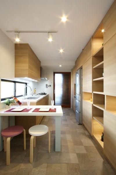 キッチン (一戸建住宅デザインリフォーム ヘリンボーンスタイル)