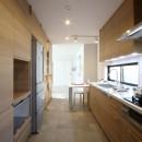 一戸建住宅デザインリフォーム ヘリンボーンスタイルの写真 キッチン