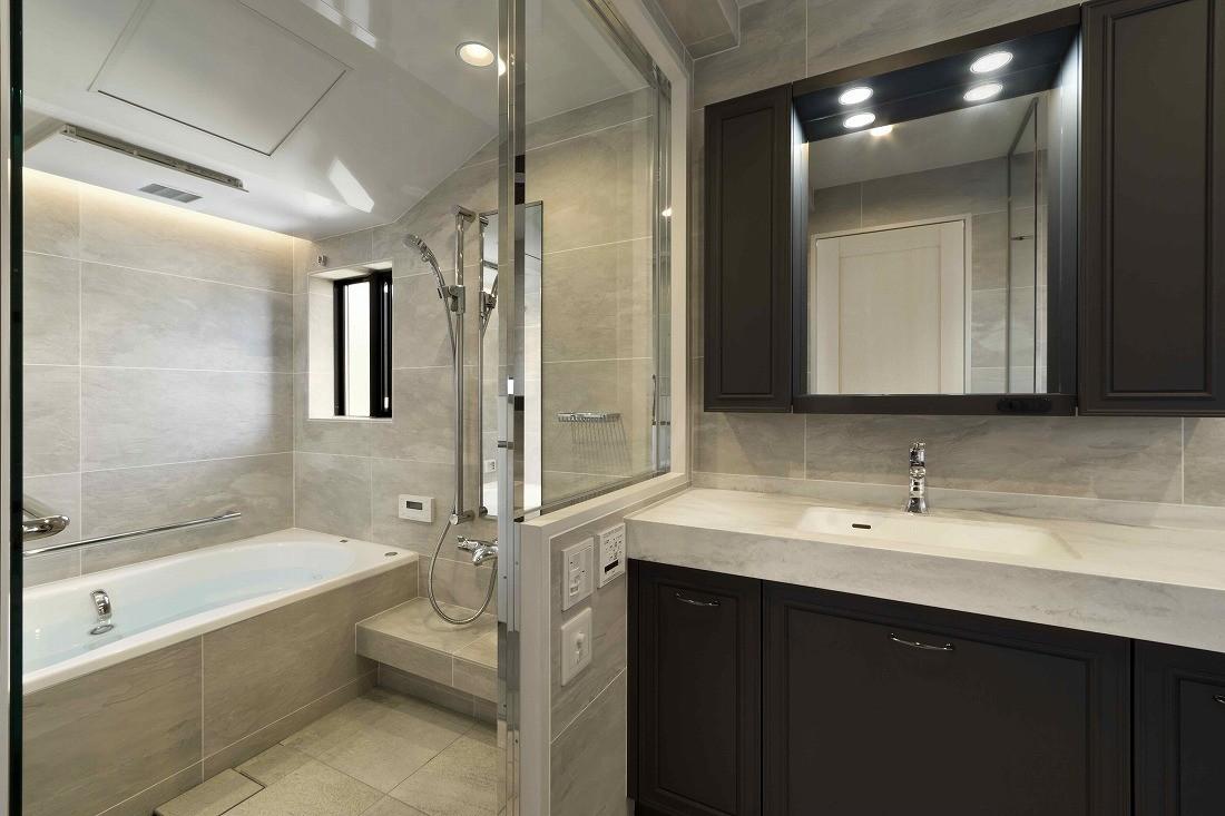 バス/トイレ事例:バスルーム(一戸建住宅デザインリフォーム ヘリンボーンスタイル)
