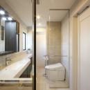 一戸建住宅デザインリフォーム ヘリンボーンスタイルの写真 トイレ