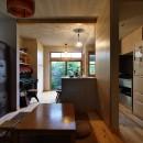 昭和ガラスの家の写真 古さと共存するおもてなしキッチン