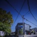 緑豊かな公園に隣接|プライバシーを守りながら開放的に住まう Y字路の家の写真 外観