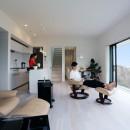 高台の家の写真 リビングダイニング
