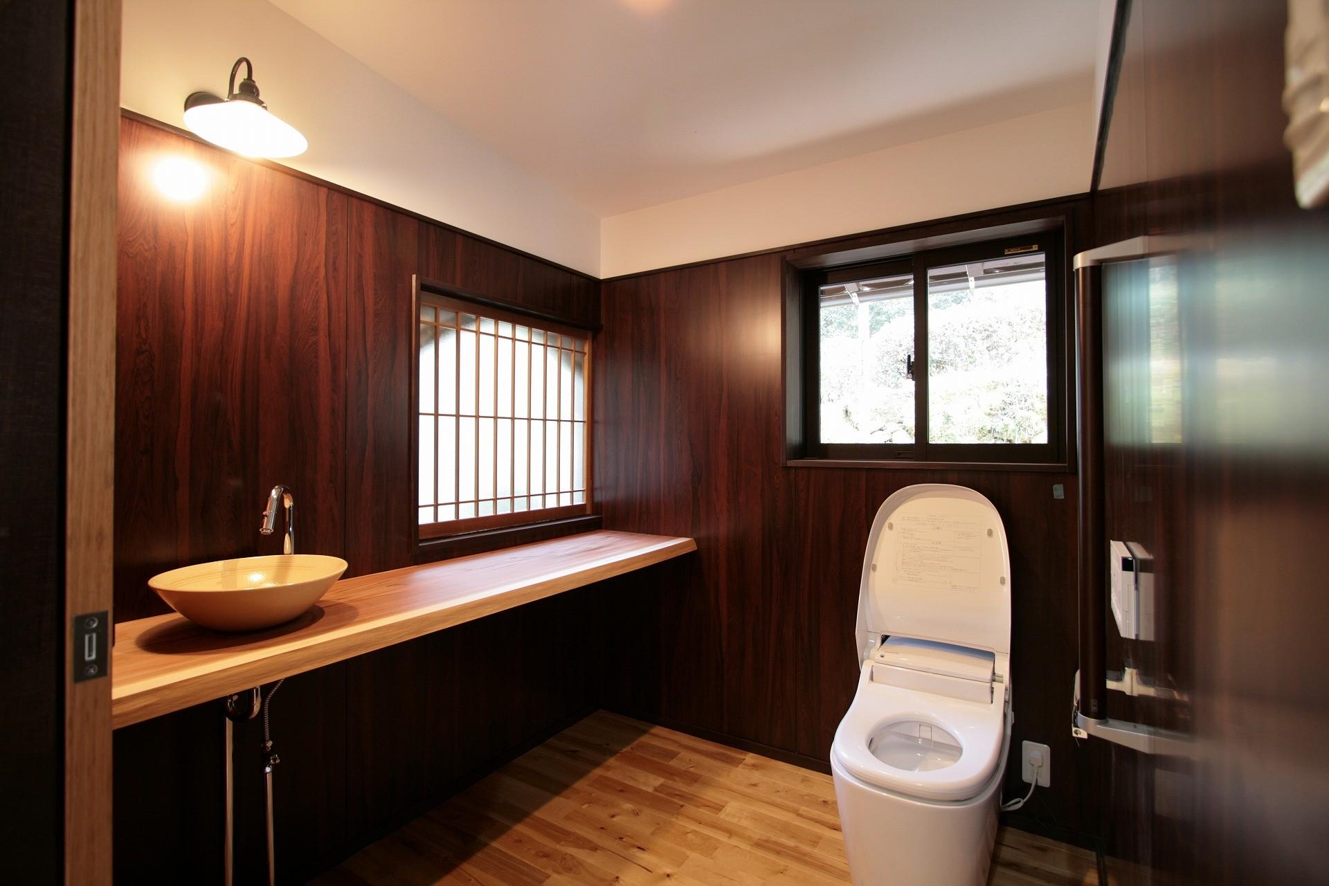 バス/トイレ事例:トイレ(江戸時代末期の古民家再生)