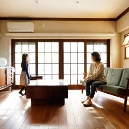 ご実家の素敵な雰囲気を活かして、地方に暮らしながらリノベーション。 (リビング)