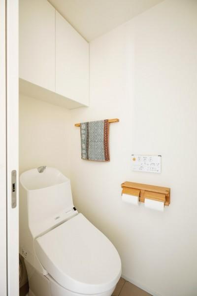 トイレ (ご実家の素敵な雰囲気を活かして、地方に暮らしながらリノベーション。)