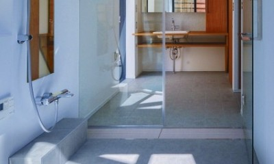 宝塚の家-private cafe- (宝塚の家 浴室と洗面)