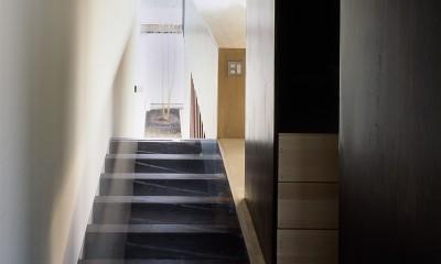 二階堂の家 (階段・廊下)