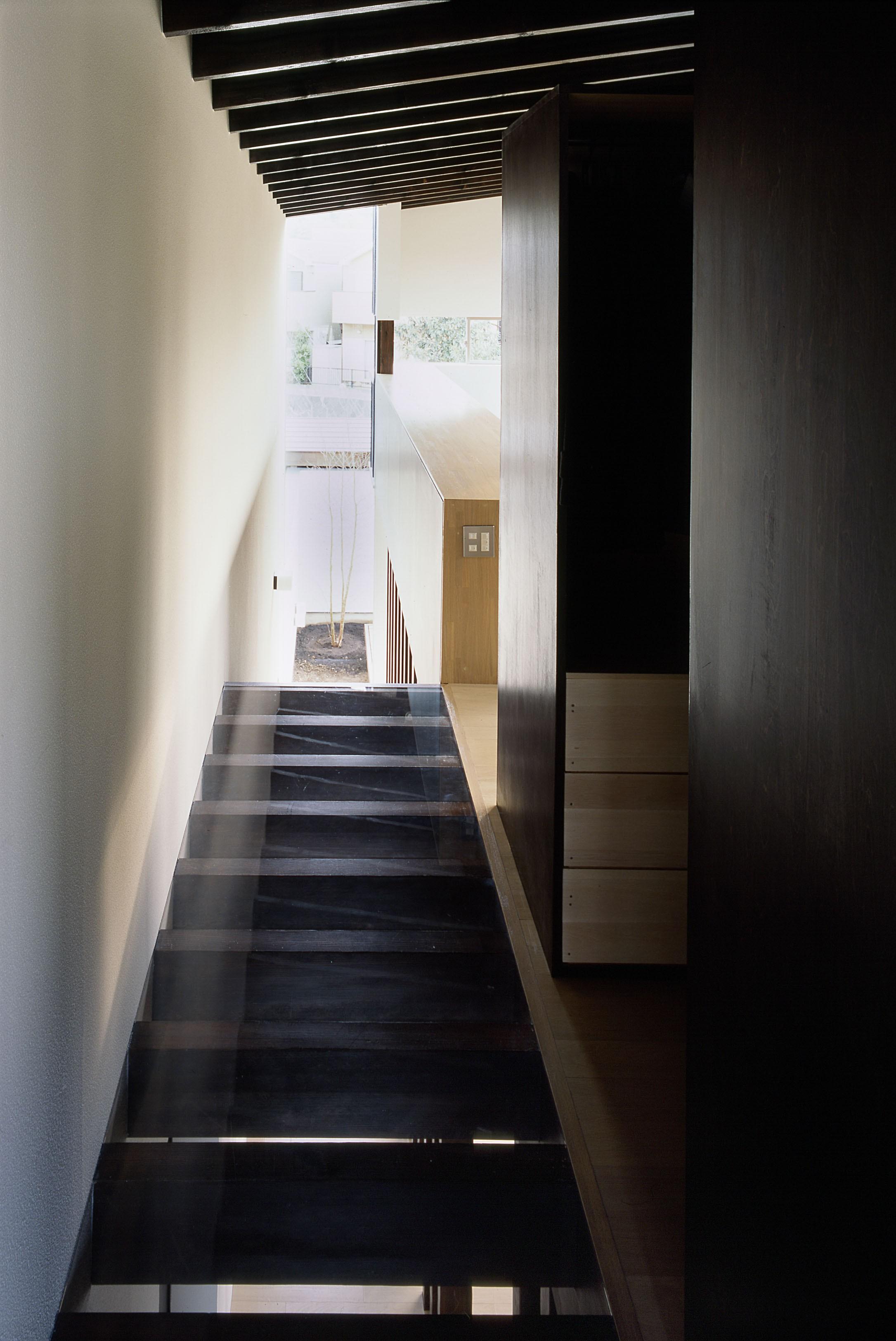 その他事例:階段・廊下(二階堂の家)