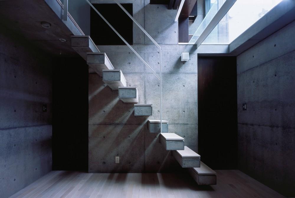守谷の家 (階段)