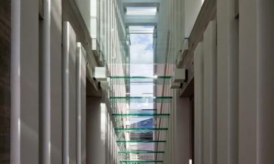 西原の家 (階段・吹抜)