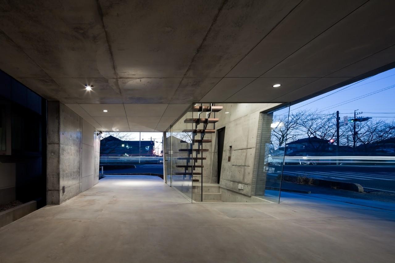 その他事例:ピロティ・ガレージ(吉川の家)