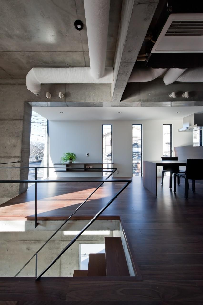 吉川の家 (リビング・階段)