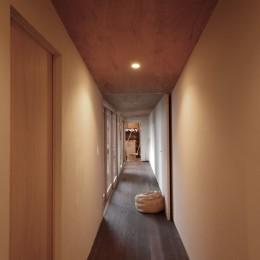 膳所城下の改装 (廊下を見通す)