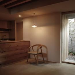 ダイニングキッチン (加納の家)