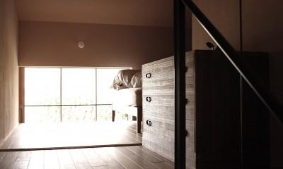加納の家 (2.5階の寝室)