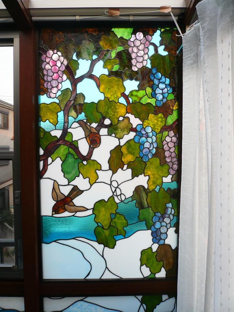 サンルームのステンドグラス 東京都葛飾区 N氏邸 (サンルーム、右側の画像です。)