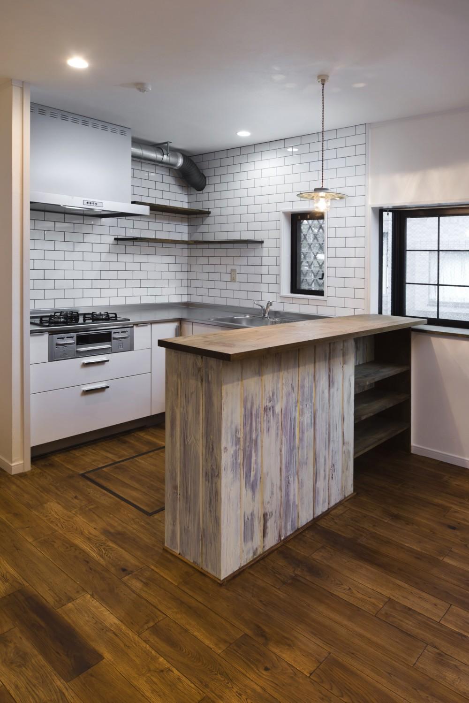 American garage (キッチン)
