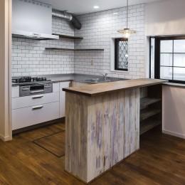 キッチン (American garage)