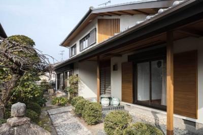 外観 (愛でる家|数寄屋風戸建て住宅のリノベーション【奈良市】)