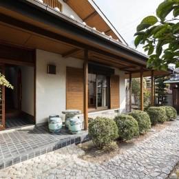 愛でる家|数寄屋風戸建て住宅のリノベーション【奈良市】 (外観)