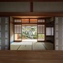 愛でる家|数寄屋風戸建て住宅のリノベーション【奈良市】の写真 ギャラリーから和室をみる