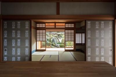 ギャラリーから和室をみる (愛でる家|数寄屋風戸建て住宅のリノベーション【奈良市】)