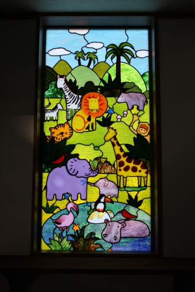 動物たちのステンドグラス (パン工房へミュッシャと動物たちのステンドグラスを取り付けました。)