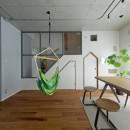 スクールバス空間設計の住宅事例「我が家が遊び場-PLAYGROUND-」
