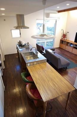 間取りや素材も全て希望通りに デザイン設計+注文住宅の魅力満載 (LDK)