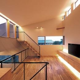 リビング (快適と予算もデザインされた 建築士と建てた5層の家)