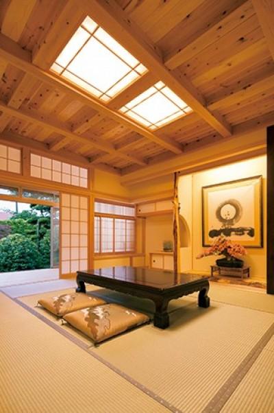 娘へと受け継ぐための 風格をまとった伝統家屋 (和室)