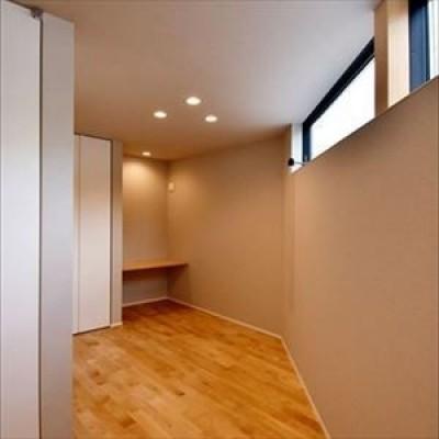 子供部屋 (高台に臨む開放感あふれる家)