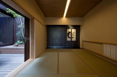 2階中庭に面した和室 (堺の週末住宅)