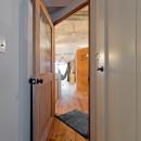 ナナメに付いたリビングへのドア