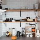流行りやブランドにはとらわれない楽でのんびりできる家の写真 飾り棚