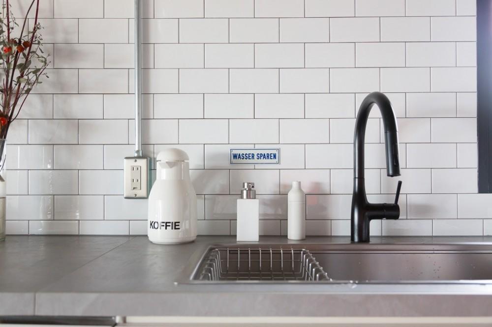 流行りやブランドにはとらわれない楽でのんびりできる家 (キッチン)