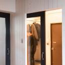 流行りやブランドにはとらわれない楽でのんびりできる家の写真 玄関