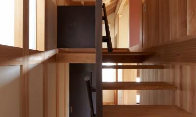 スキップ階段|スキップフロアの家