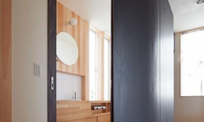R トイレ|スキップフロアの家