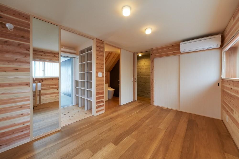 スキップフロアの家 (寝室)