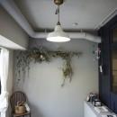 アイアンフレームのオリジナルキッチンと飛び床の土間の家の写真 子供部屋