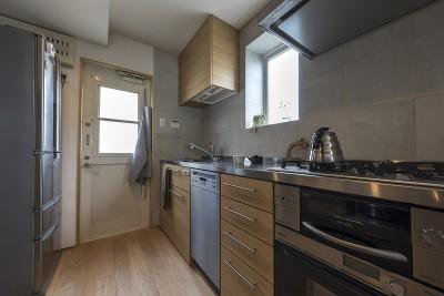 似合わしい、住まいと住まう人 キッチン 1 (似合わしい、住まいと住まう人)