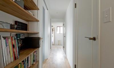 暮らしと道具とキッチン (廊下収納)