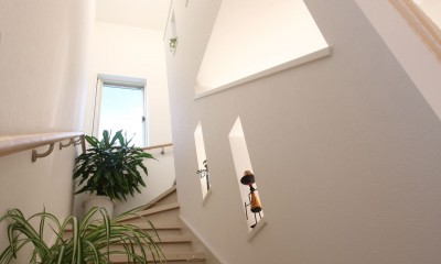 階段ホール|ヨーロピアンシンプルハウス