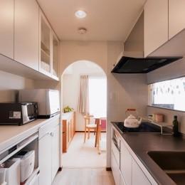 シンプルで木の温もりを感じるお家